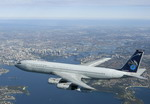 The Royal Australian Air Force's last Boeing 707 over Sydney harbour on its final day of service on 30 June 2008. (Australian MoD)