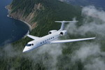 A Gulfstream G550 business jet in flight. (Gulfstream)