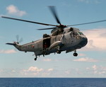A Canadian Sea King in flight. (Canadian Forces Photo)